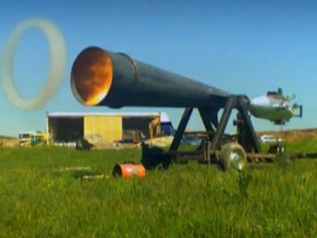Light + Sound-air-vortex-cannon-bbc,O-D-252301-13
